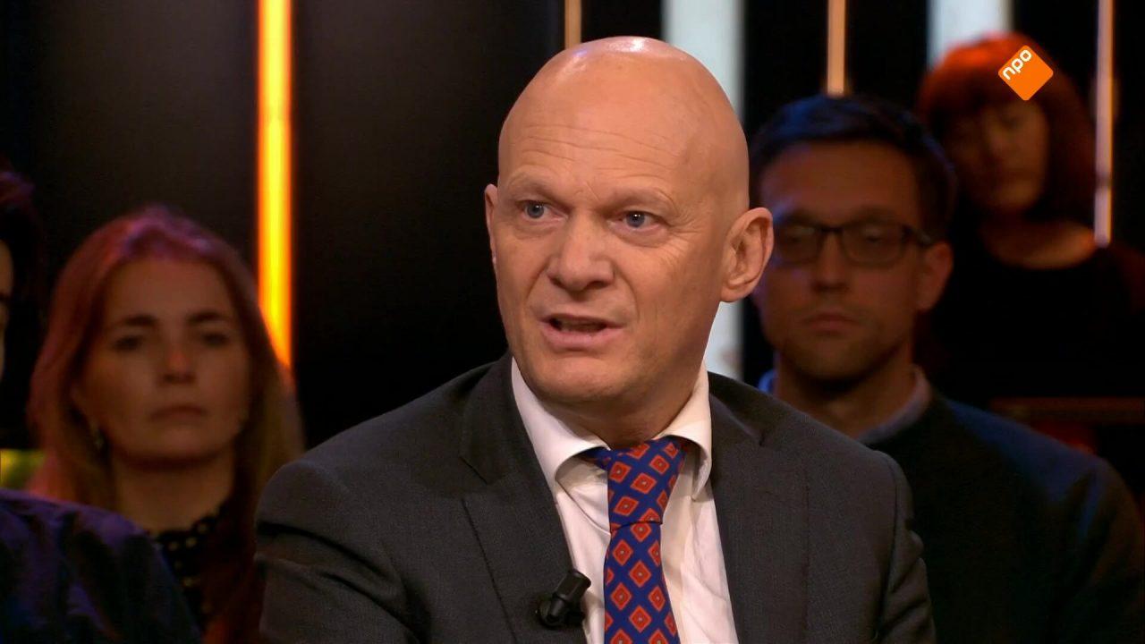 Bert Wijbenga (VVD) en Nourdin el Ouali (NIDA) in debat over vluchtelingenquotum voor Rotterdam