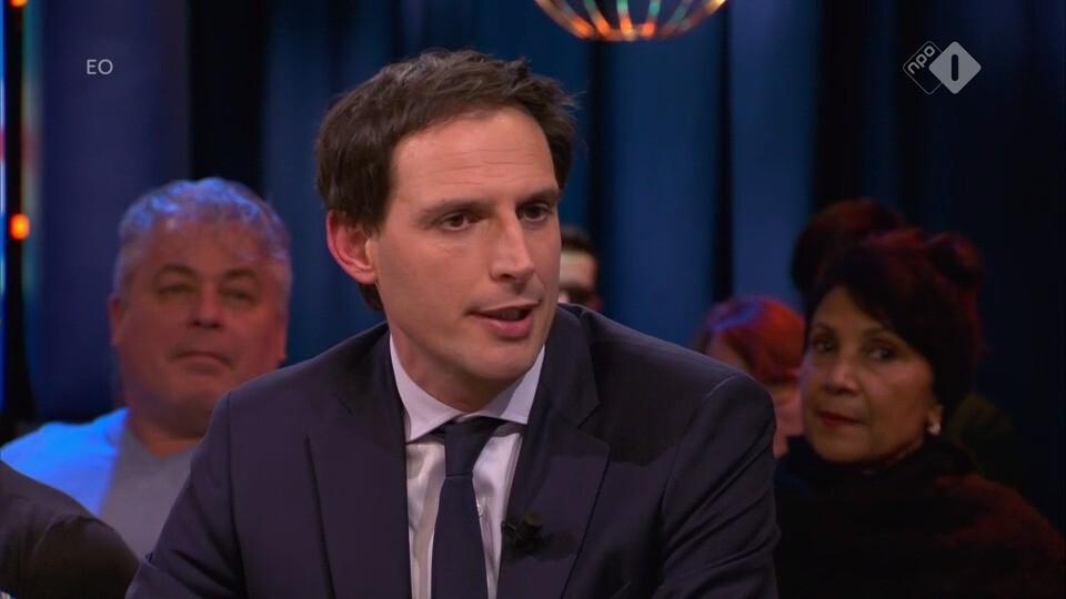 Minister van Financiën Wopke Hoekstra en Joost Vullings over de economische groei in Nederland en het crisisberaad van dinsdag